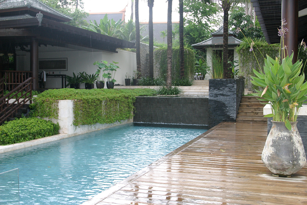 pool in the luxury villa on Pukhet
