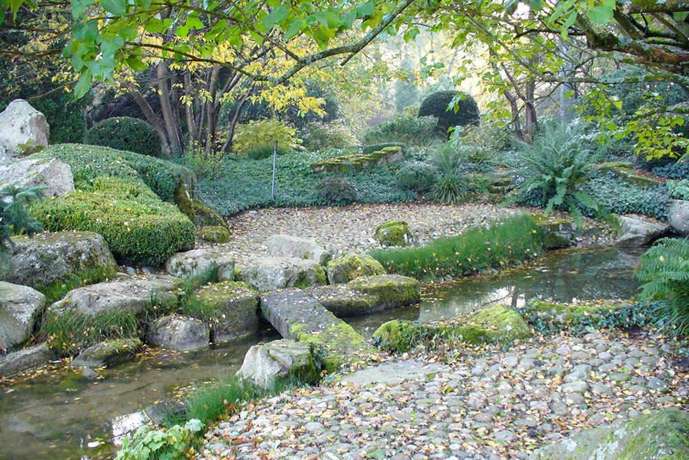 Weg durch den japanischen Garten